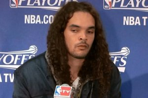 joakim-noah-letting-his-moppy-hair-flow_original_crop_north